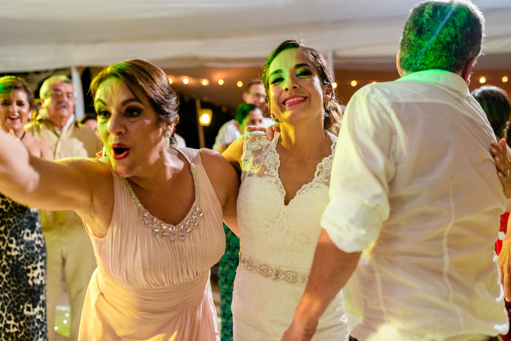 Wedding Destination Boda Vallarta Fotos de boda Playa Luz Escrita San Luis Posoti 322