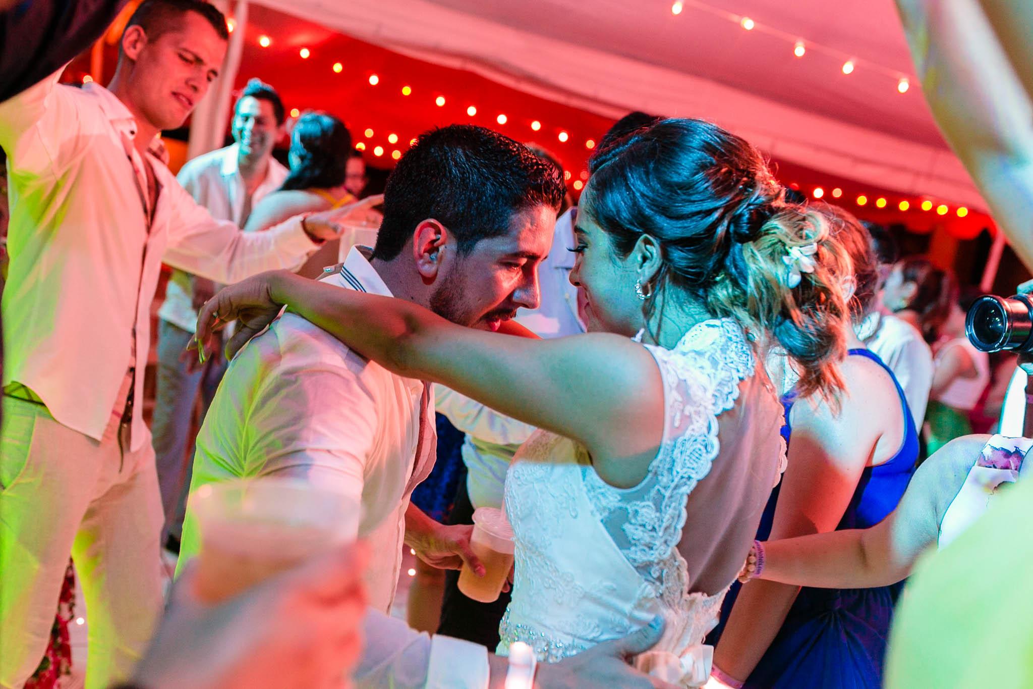 Wedding Destination Boda Vallarta Fotos de boda Playa Luz Escrita San Luis Posoti 346